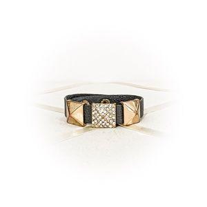 🌹 3/$20 Cute studded faux leather snap bracelet